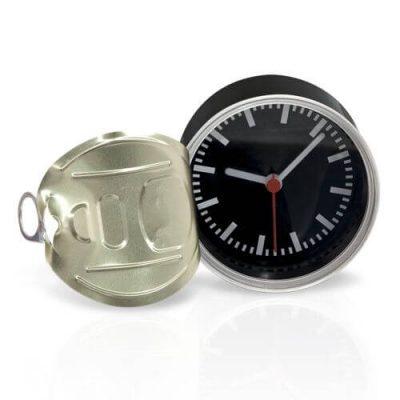 reloj diseño lata