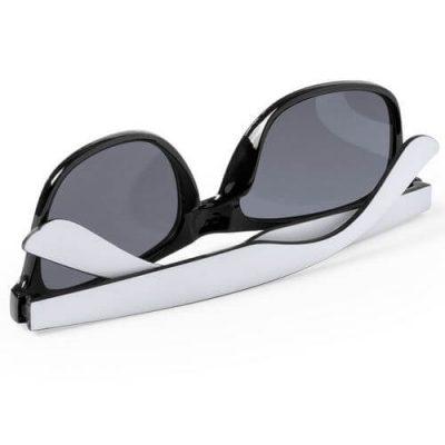 gafas de sol de diseño clásico